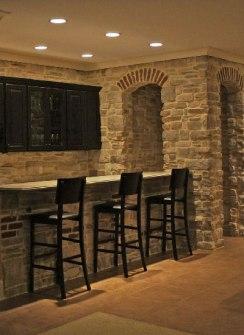 horiz stone bar