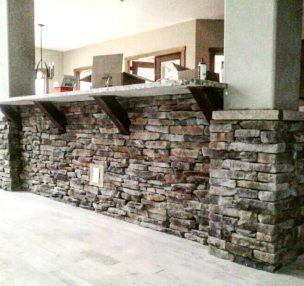 Stone bar